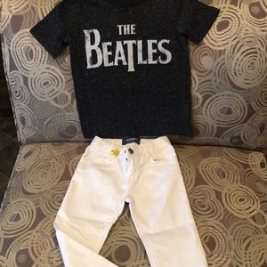 White Skinny jeans and Beatles T-shirt